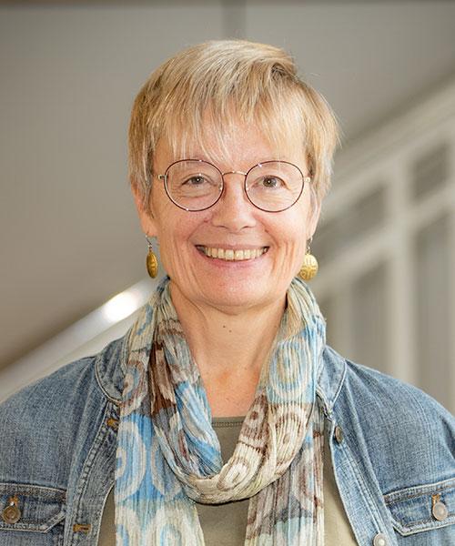 Dr. Austra Reinis